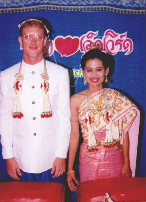 Edward and Ratana Teune getting married in Thailand